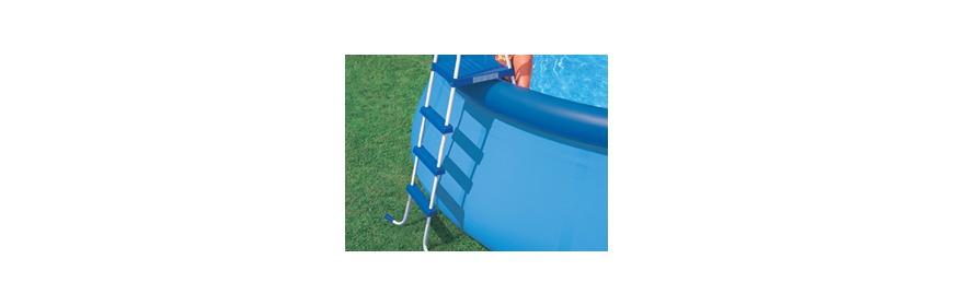Echelle piscine hors sol for Piscine hors sol julien albi
